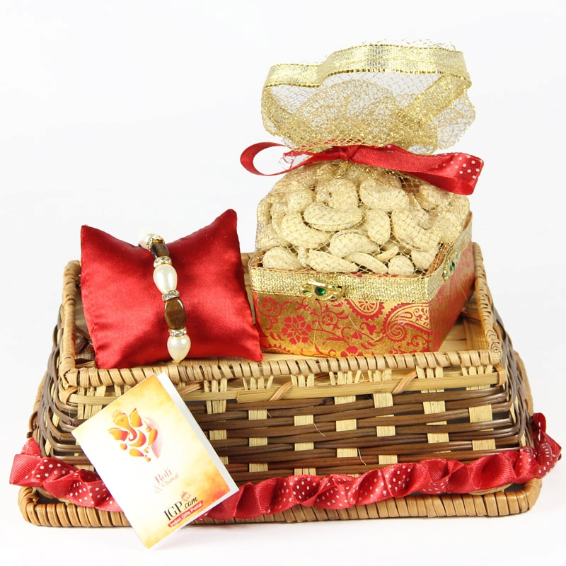 Healthy Pack of Rakhi Hamper